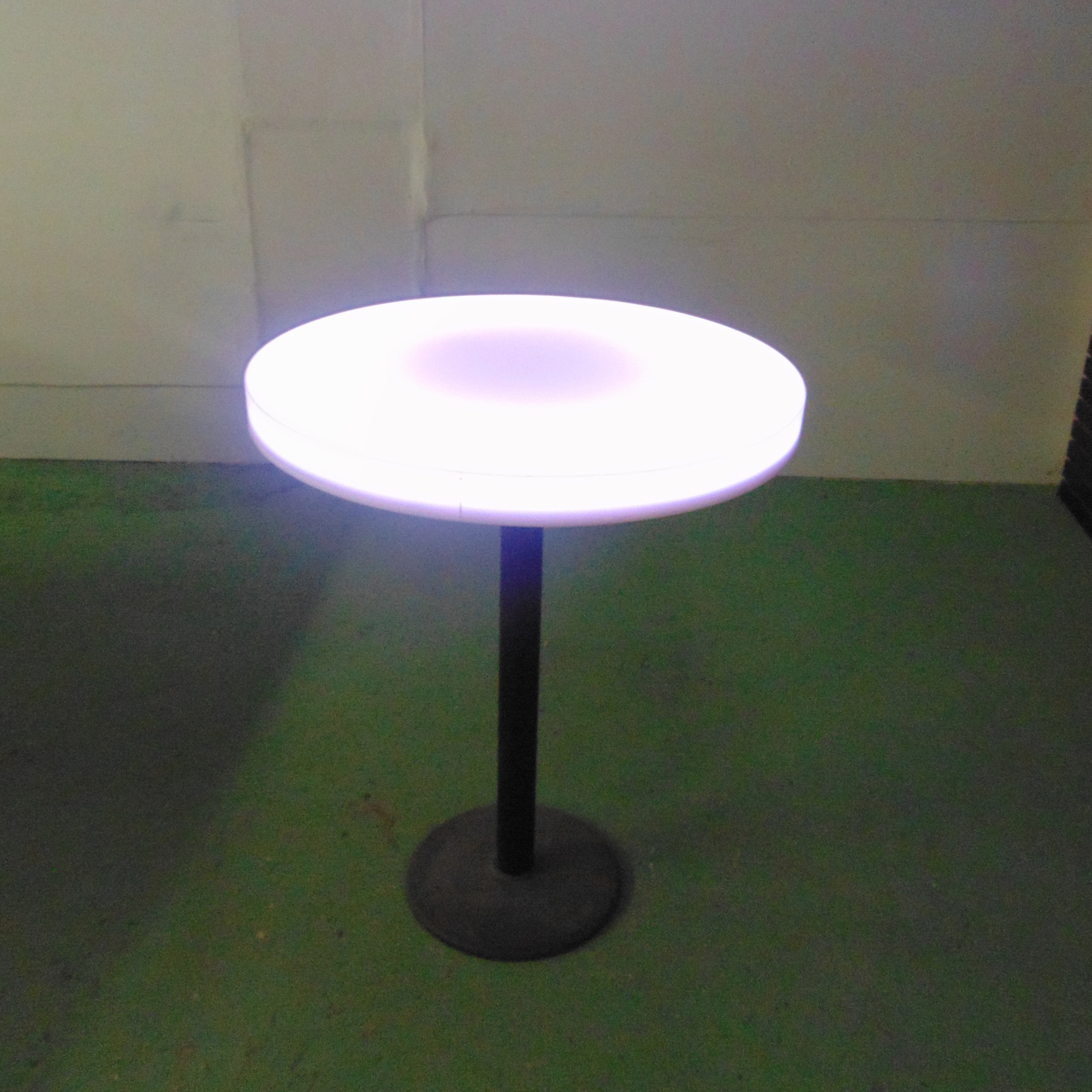 Round 36 inch Lighted Circle Table